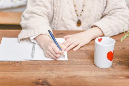 推敲は「消すことによって書く」 ―大江健三郎に学ぶ推敲の方法―